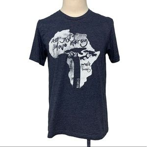 Act Just Want to Love Mercy T-Shirt L